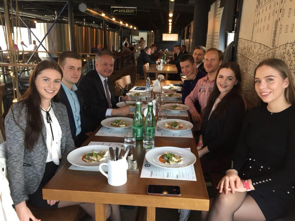 Digitálny obed s bývalým prezidentom Andrejom Kiskom