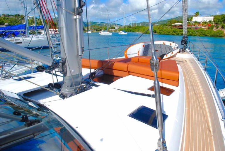 yacht-1252473_1920